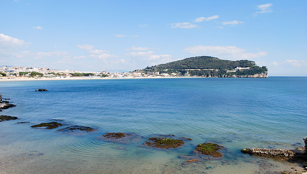 Gaeta and the Serapo beach