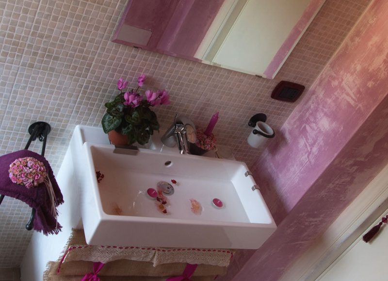 Rosa d'Oriente | Camera bb con bagno privato | Serapo Bed & Breakfast a Gaeta