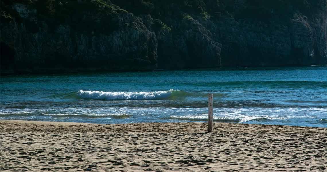 gaeta a giugno spiaggia di Serapo