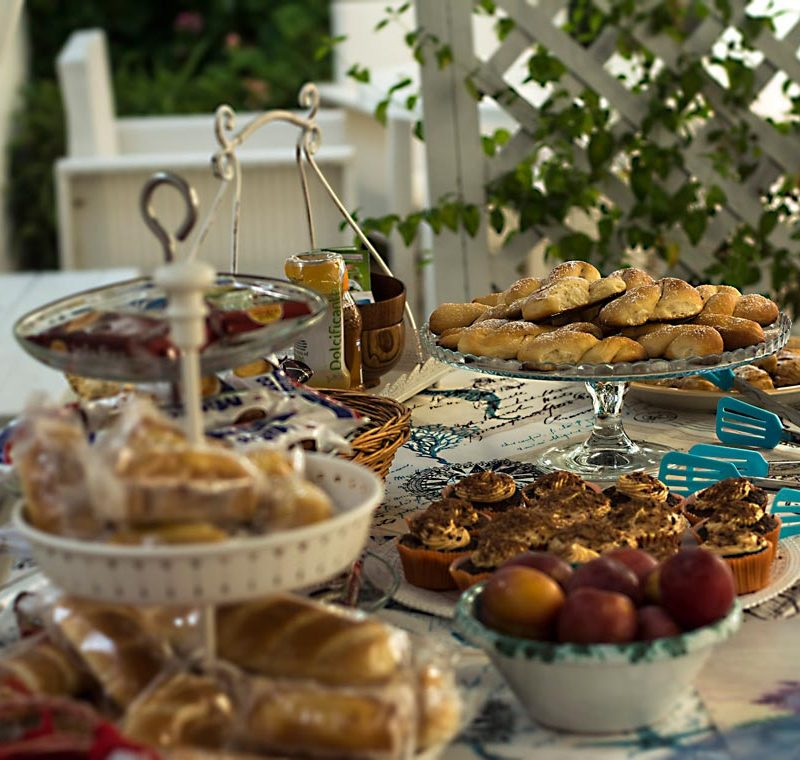 serapo bed and breakfast colazione giardino
